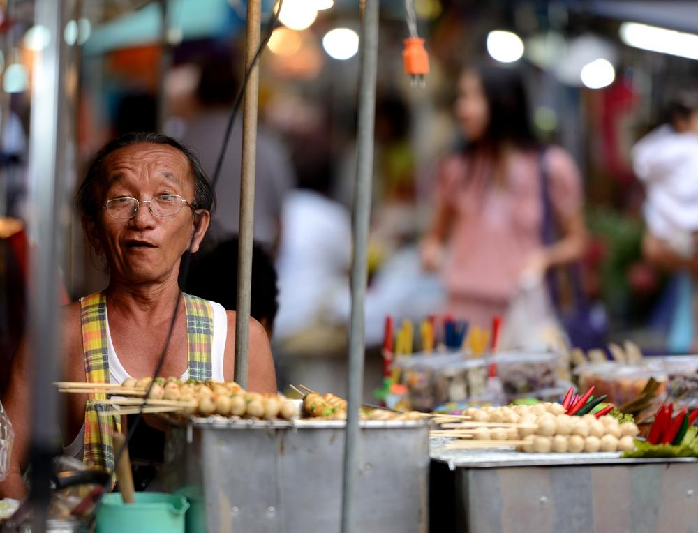 Sprzedawca jedzenia ulicznego